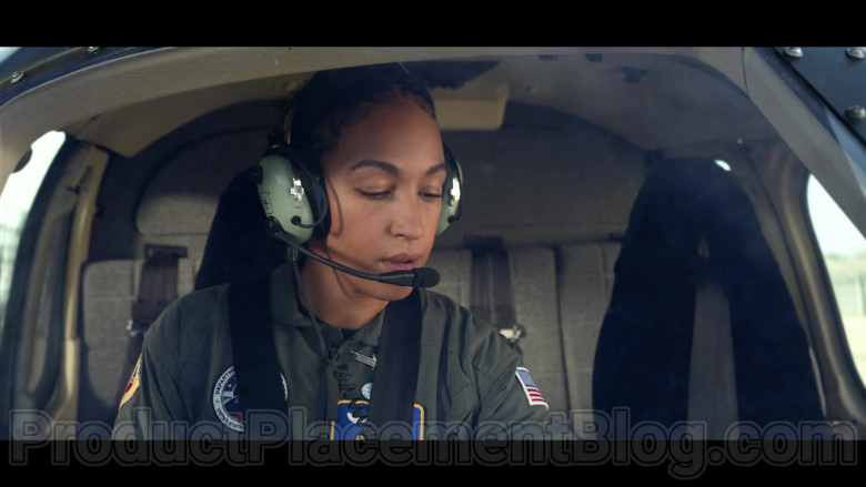Tawny Newsome as Angela Ali Using David Clark Aviation Headset in Space Force S01E06 TV Show (1)