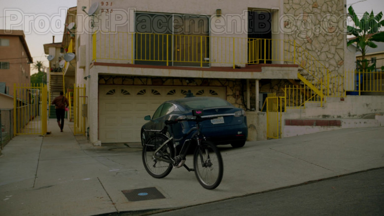 Tesla Car in Upload S01E01 Welcome to Upload (2020)