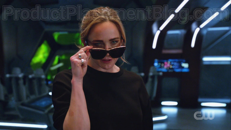 Tom Ford Sunglasses in DC's Legends of Tomorrow S05E12 TV Series (2)
