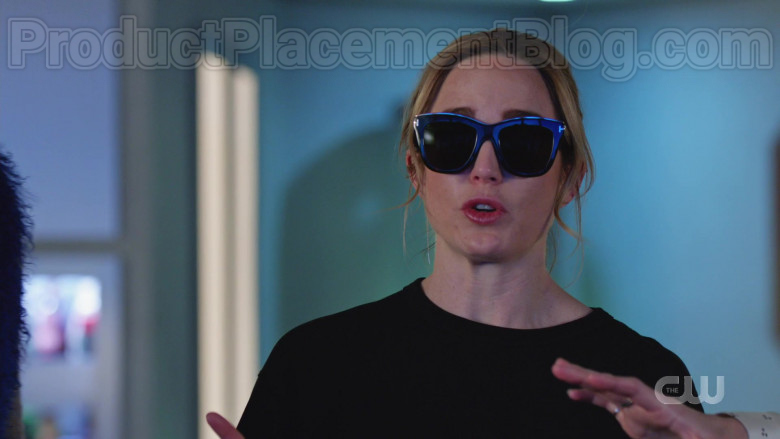 Tom Ford Sunglasses in DC's Legends of Tomorrow S05E12 TV Series (3)