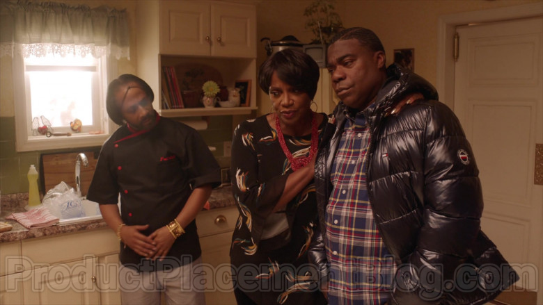 Tommy Hilfiger Jacket of Tracy Morgan in The Last O.G. TV Series (4)