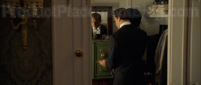 Yale Safe in Titanic Movie (2)