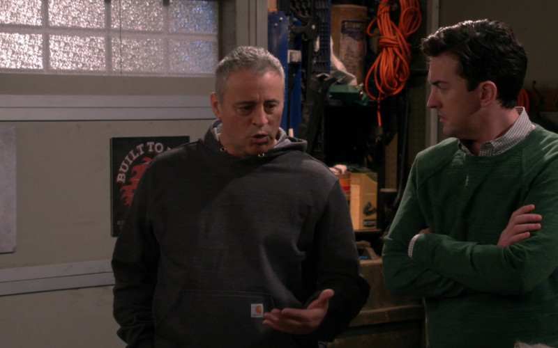 Actor Matt LeBlanc as Adam Wearing Carhartt Hoodie in Man with a Plan Season S04E12 TV Series (1)
