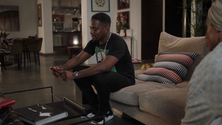 Actor Wears Adidas Y-3 Black Sneakers Worn by Aml Ameen as Simon in I May Destroy You S01E01 TV Show (2)