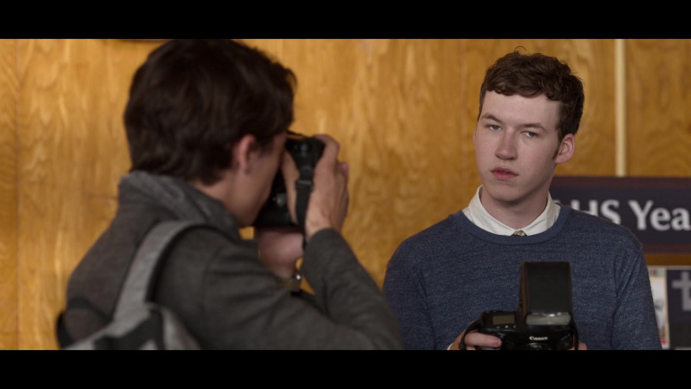 Actors Using Canon Cameras in 13 Reasons Why S04E01 (2)