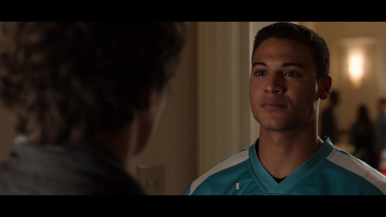 Actors Wearing Champion Baseball Jerseys in 13 Reasons Why S04E05 House Party (2)
