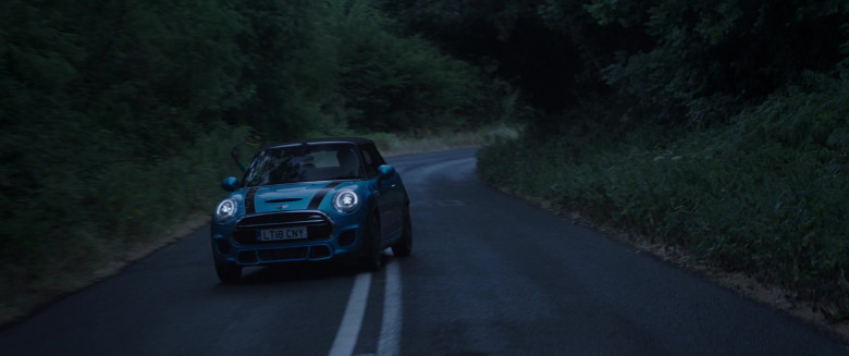 Actress Driving Mini Cooper Convertible Car in Four Kids and It 2020 Movie (5)