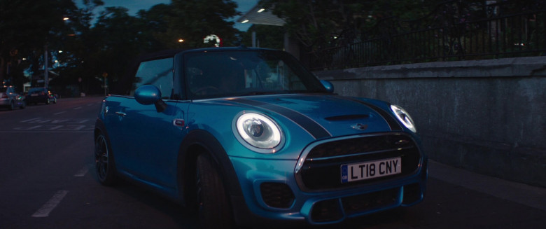 Actress Driving Mini Cooper Convertible Car in Four Kids and It 2020 Movie (6)