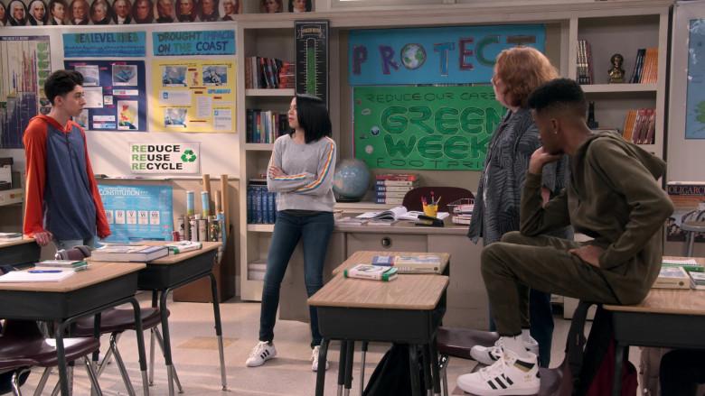 Adidas Originals Hardcourt High Top Sneakers of Coy Stewart as Lorenzo in Mr. Iglesias S02E04