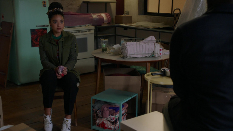 Aisha Dee as Kat Wears Adidas Superstar Shoes Outfit (3)
