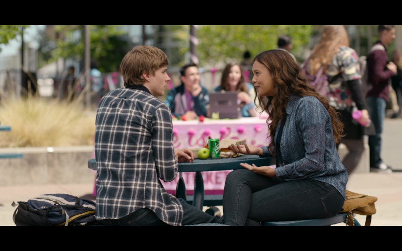 Alisha Boe as Jessica Davis Enjoying Sprite Soda in 13 Reasons Why S04E03 TV Show (2)