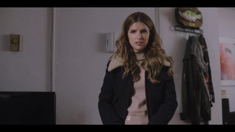 Anna Kendrick as Darby Wears Fendi Turtleneck Sweater Outfit in Love Life S01E09 TV Show (1)