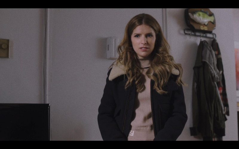 Anna Kendrick as Darby Wears Fendi Turtleneck Sweater in Love Life S01E09 TV Show (1)