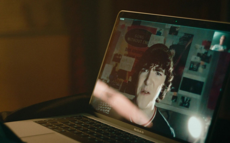 Apple MacBook Air Laptop in Alex Rider S01E01 (2020)