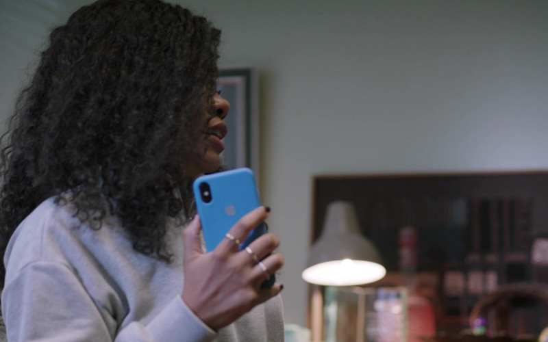 Apple iPhone Smartphone of Weruche Opia as Terry in I May Destroy You S01E01 TV SHow