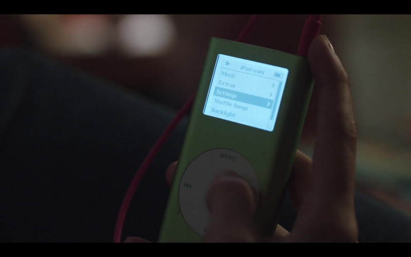 Apple iPod Mini Green Portable Music Player in Love Life S01E05 Luke Ducharme (2020)