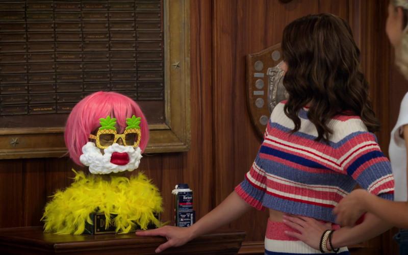Barbasol Original Shaving Cream in Alexa & Katie S04E01 (1)