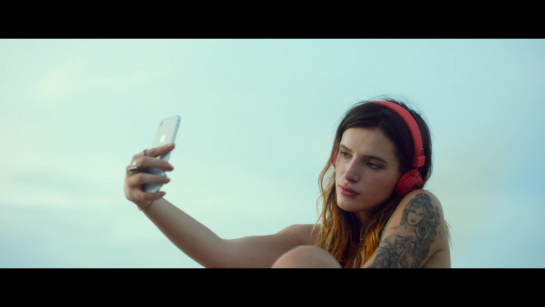 Bella Thorne as Arielle Summers Using Apple iPhone Smartphone in Infamous 2020 Movie (1)