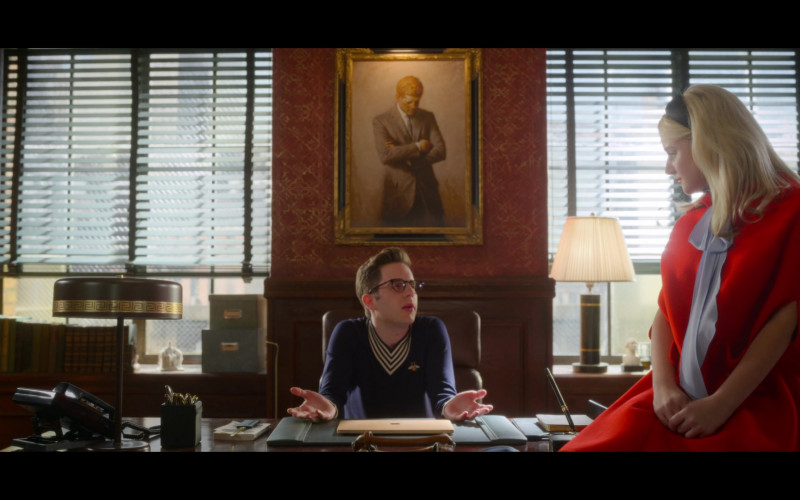 Ben Platt as Payton Hobart Wears Gucci V-Neck Wool Knit Sweater With Bee in The Politician Season 2 TV Show (1)