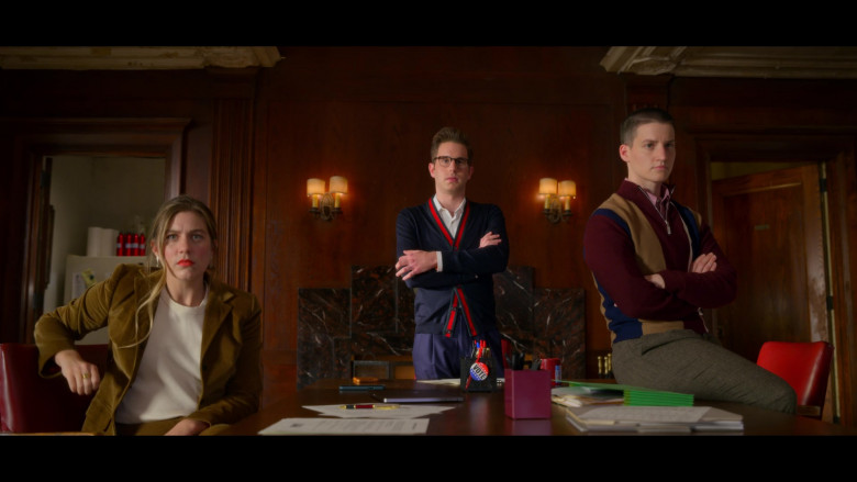 Ben Platt as Payton Wearing Gucci Wool Knit Cardigan in The Politician S02E01 TV Series (3)