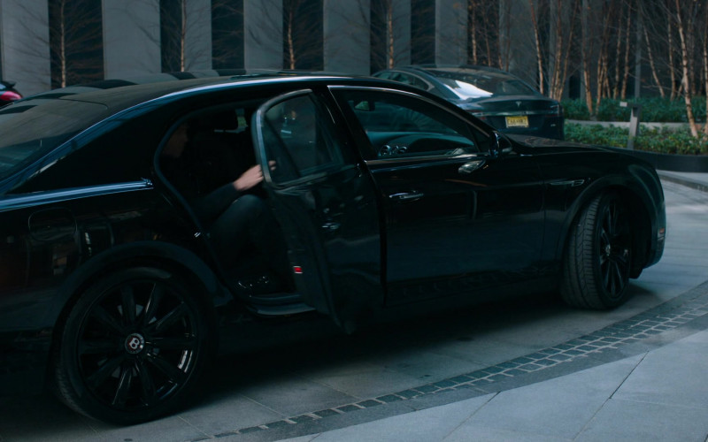 Bentley Flying Spur Black Car Used by Damian Lewis as Robert 'Bobby' Axelrod in Billions S05E06