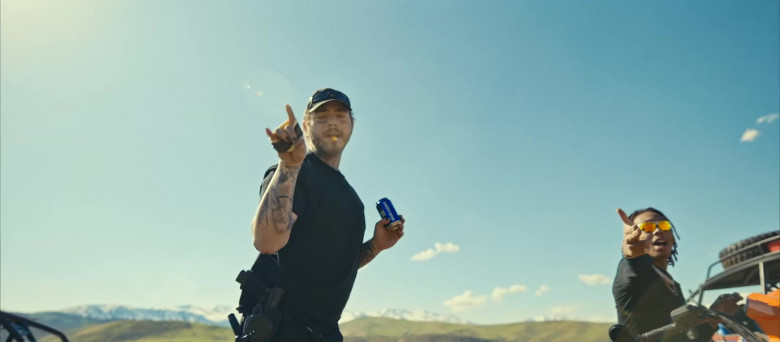Bud Light Beer Enjoyed by Tyla Yaweh and Post Malone in Tommy Lee 2020 Music Video (5)