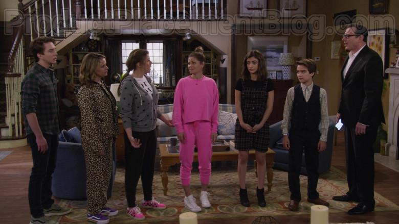 Candace Cameron Bure as D.J. Tanner-Fuller Wearing Vans Old Skool V Rainbow Platform Shoes in Fuller House S05E18 (1