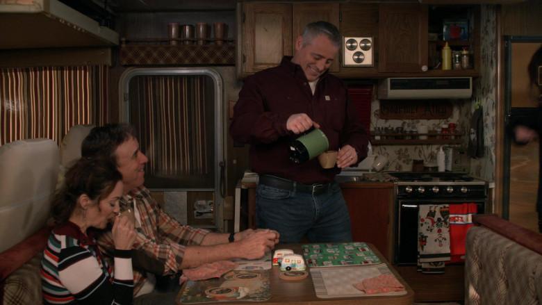 Carhartt Shirt of Matt LeBlanc as Adam Burns in Man with a Plan S04E13 (1)