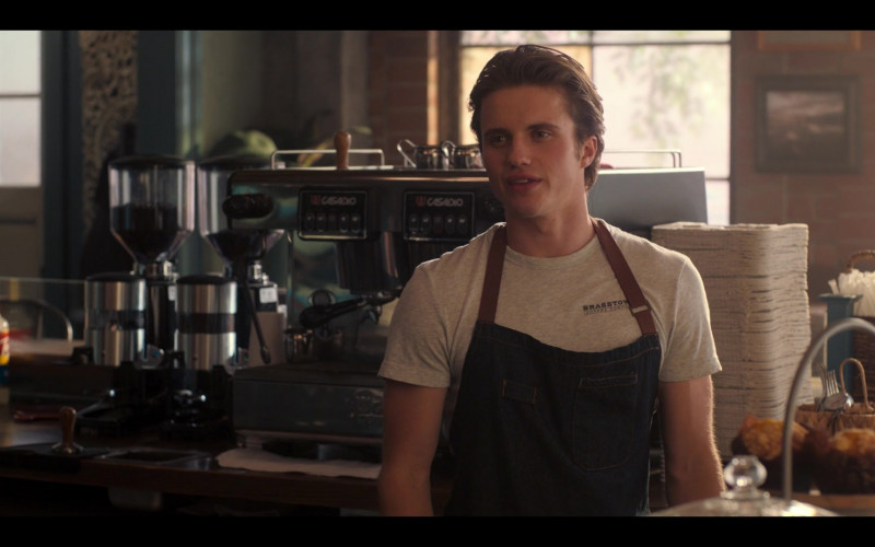 Casadio Coffee Machine in Love, Victor S01E06 Creekwood Nights (1)
