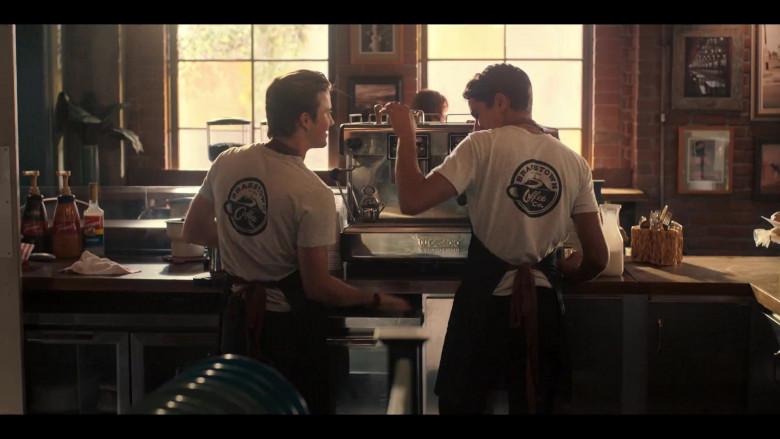 Casadio Espresso Coffee Machine in Love, Victor S01E04 TV Show (2)