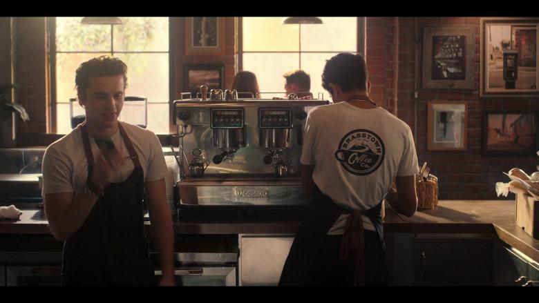 Casadio Espresso Coffee Machine in Love, Victor S01E04 TV Show (3)