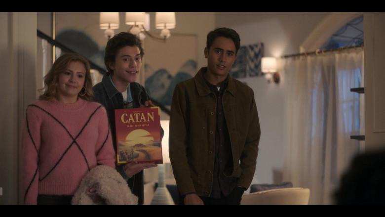 Catan Multiplayer Board Game in Love, Victor S01E06 Creekwood Nights (2020)