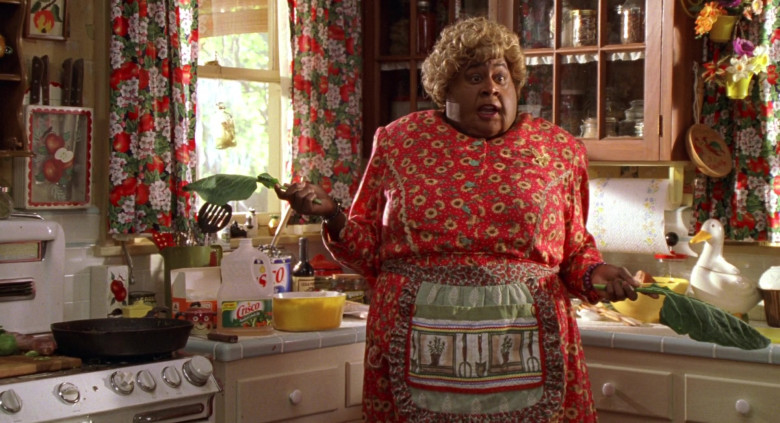 Crisco Foods in Big Momma's House Movie (2)