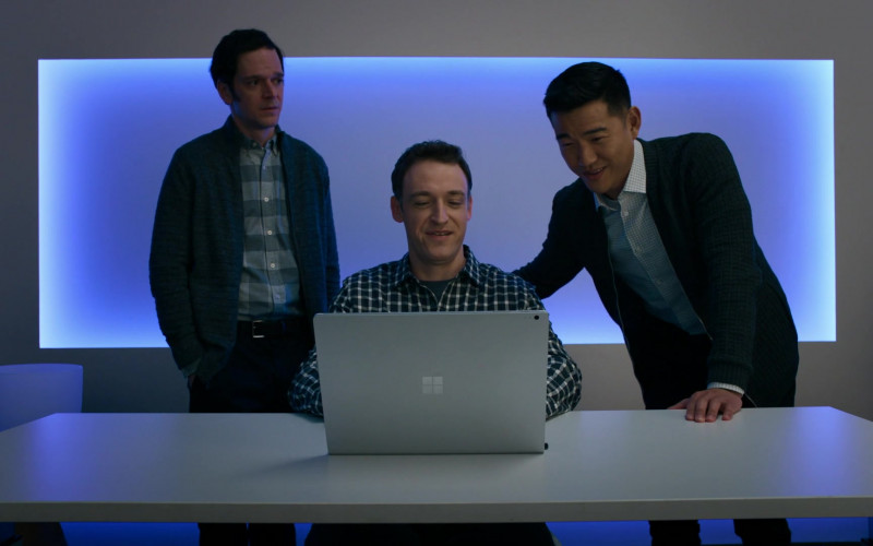 Dan Soder as Dudley Mafee Using Microsoft Surface Laptop in Billions S05E06 TV Show