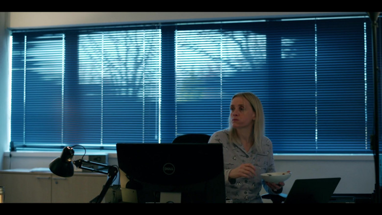 Dell Computer Monitor in The Salisbury Poisonings Episode 2 (2020)