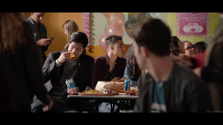 Doritos Chips Enjoyed by Ross Butler as Zach in 13 Reasons Why S04E03 Netflix TV Series (2)