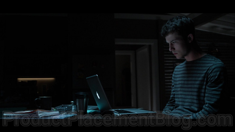 Dylan Minnette as Clay Jensen Using Apple MacBook Laptop in 13 Reasons Why S04E02 TV Show (1)
