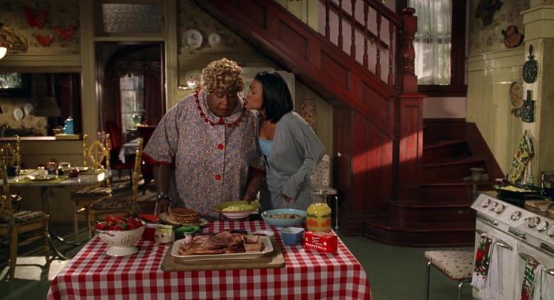Farmer John Brand Manteca in Big Momma's House Movie (1)