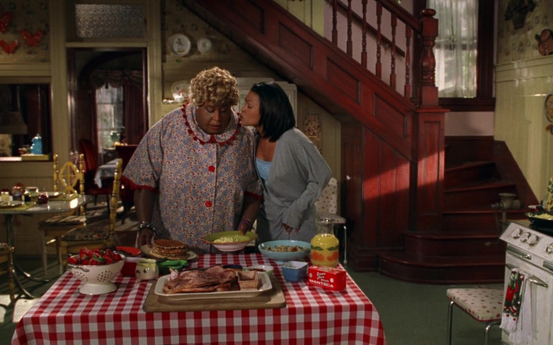 Farmer John Brand Manteca in Big Momma's House Movie (1)