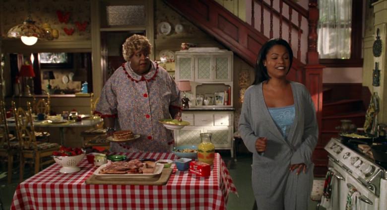 Farmer John Brand Manteca in Big Momma's House Movie (2)
