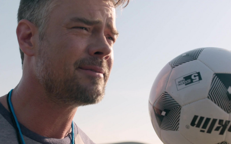 Franklin Sports Soccer Ball Held by Josh Duhamel as Lukas in Think Like a Dog Movie (1)