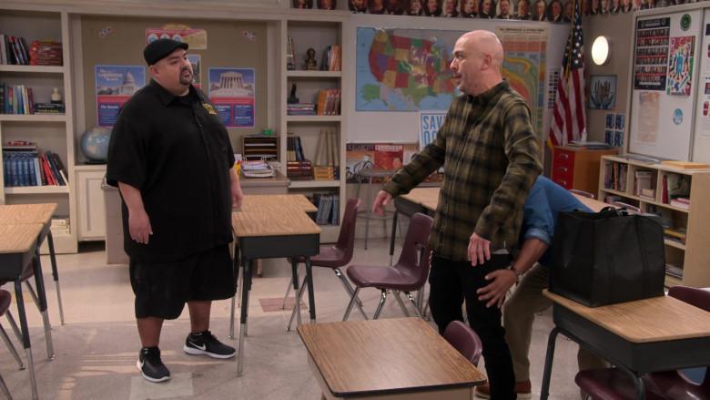 Gabriel Iglesias Wears Nike Sneakers in Mr. Iglesias S02E05 TV Show by Netflix (3)