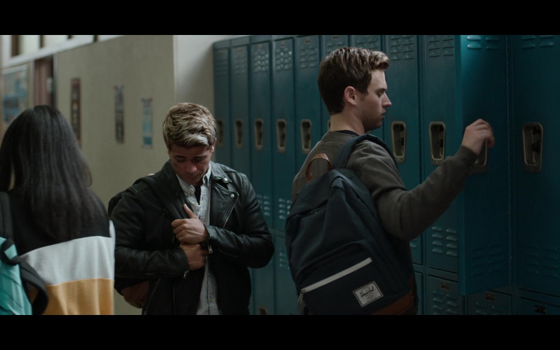 Herschel Pop Quiz Backpacks in 13 Reasons Why S04E06 Netflix TV Series (1)