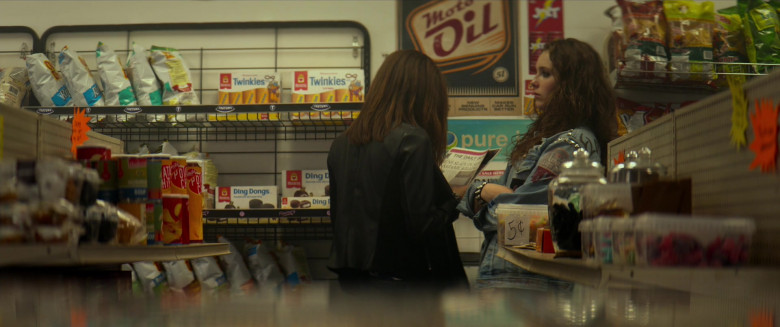 Hostess Twinkies and Ding Dongs Seen in We Summon the Darkness Movie (2)