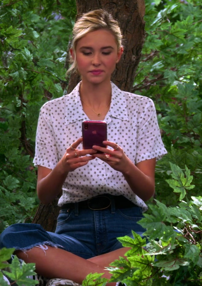 Isabel May Wears Polka Dot Shirt, Blue Jeans Outfit and Using Apple iPhone in Alexa & Katie TV Show