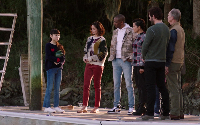 J. August Richards Wearing White Hoodie, Military Print Jacket, Blue Jeans Outfit and Air Jordan 1 Shoes in Council of Dads S01E06 TV Show (1)