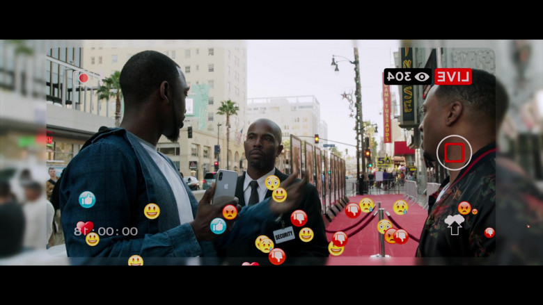Jay Pharoah Using Apple iPhone Smartphone in 2 Minutes of Fame 2020 Comedy Movie (3)