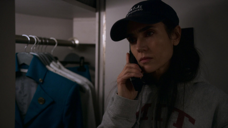Jennifer Connelly as Melanie Cavill Wearing MIT Hoodie in Snowpiercer S01E04 TV Show