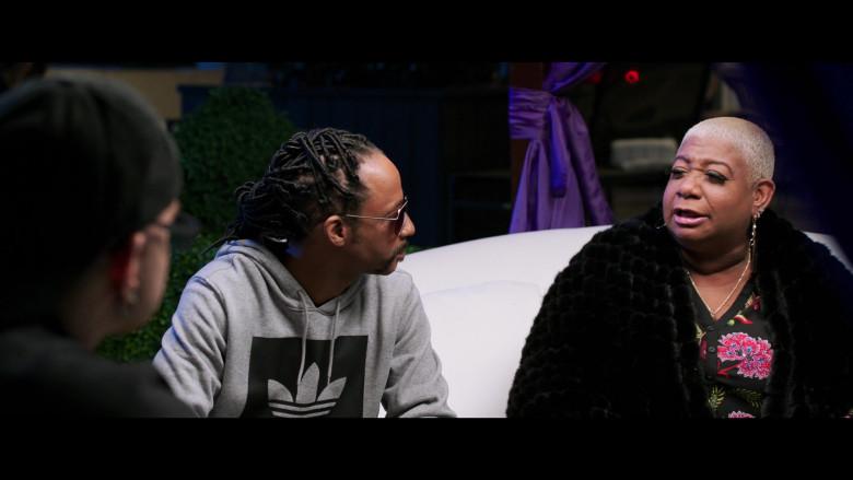Katt Williams Wears Adidas Hoodie Outfit in 2 Minutes of Fame Movie (1)