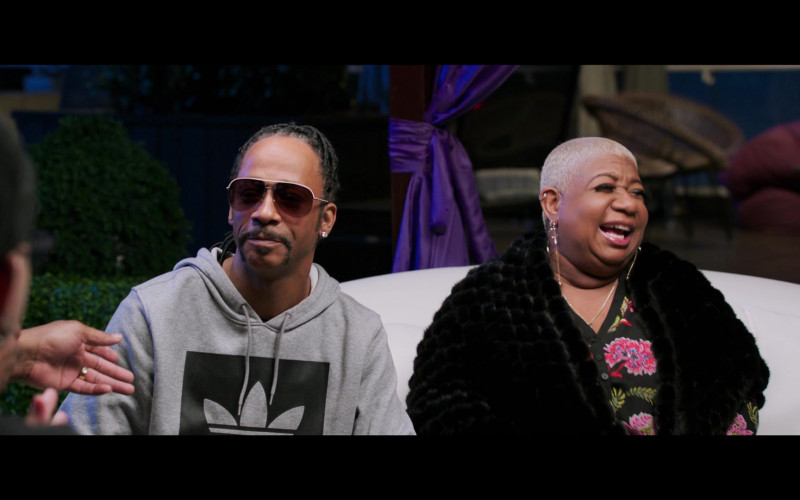Katt Williams Wears Adidas Hoodie Outfit in 2 Minutes of Fame Movie (2)